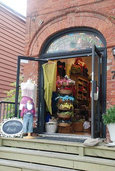 Lettuce Knit yarn shop in Toronto, Canada ....by librarysarie  Sarah