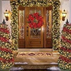 Decoration Christmas Decorations Outdoor, Christmas Find Out Special Outdoor… Front Door Christmas Decorations, Christmas Front Doors, Christmas Porch, Noel Christmas, Winter Christmas, All Things Christmas, Christmas Lights, Outdoor Decorations, Christmas Entryway