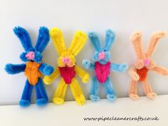 Handicrafts with pipe cleaners for Easter - 20 creative handicraft ideas for children - Pipe cleaner rabbits tinker for Easter - Pipe Cleaner Projects, Pipe Cleaner Art, Pipe Cleaner Animals, Pipe Cleaners, Pipe Cleaner Flowers, Bunny Crafts, Easter Crafts, Crafts For Kids, Arts And Crafts