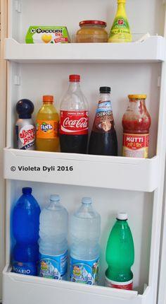 Interno di una porta di frigorifero.