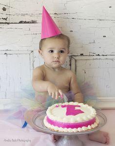 1 Year Birthday, Cake Smash, Photography, Amelia Jade Photography