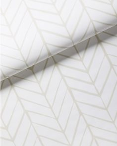 Taking its cue from traditional herringbone and chevron patterns, our original design is both graphic and organic on pure white. Feather by Serena & Lily Herringbone Wallpaper, Textured Wallpaper, Wallpaper Roll, Textured Walls, Pink Wallpaper, Nautical Wallpaper, Serena And Lily Wallpaper, Feather Wallpaper, Discount Bedroom Furniture