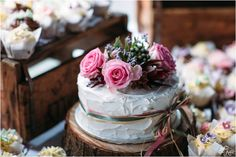 Really pretty way of displaying a country wedding cake. Country Wedding Inspiration, Country Wedding Cakes, Weddingideas, Photo Credit, Pretty, Desserts, Food, Tailgate Desserts, Deserts