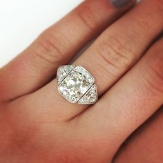 Gorgeous vintage engagement ring by Single Stone. www.singlestone.com
