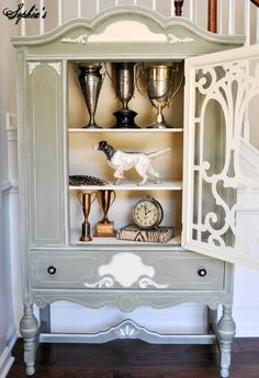 interior of china cabinet --- details in a creamy white (Behr's Navajo White in flat).  Navajo White is very similar to ASCP Old White.
