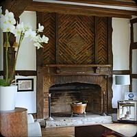 Amazing Oakwood Manor - exposed brick,fireplace,period,country,fireplace-