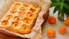 Marillen Blechkuchen mit Öl Strudel, Food Inspiration, Sweet Recipes, Waffles, Dessert Recipes, Dessert Ideas, Pineapple, Rum, Deserts