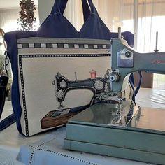 Sac Foxtrot machine à coudre cousu par Loe - Patron Sacôtin Sewing, Bags, Boss, Handbags, Dressmaking, Taschen, Purse, Sew, Stitching