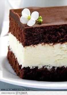 Milky Way Chocolate & Cream Cake Cupcakes, Cupcake Cakes, Sweet Recipes, Cake Recipes, Dessert Recipes, Yummy Treats, Sweet Treats, Yummy Food, Polish Recipes