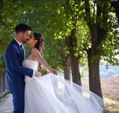 We love sharing your most memorable days  like this of our stunning #realbride @noemi.fresia #GiuseppePapini #realbrides #realwedding #wedding #weddingday #weddingphoto #amazing #weddinggown #fairytalewedding #bride #fashionbride #sposa #
