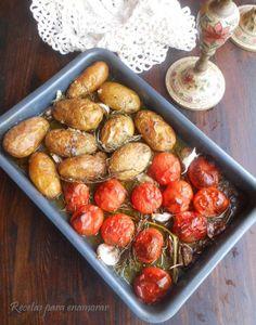 patatas y tomates asados