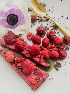 Å leve med hudsykdom - vibekedehli. Raspberry, Strawberry, Healthy Food, Healthy Recipes, Sweet Treats, Fruit, Health Recipes, Sweets, Cheer Snacks