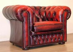 http://i.ebayimg.com/t/LARGE-VINTAGE-RED-LEATHER-CHESTERFIELD-BUTTON-BACK-ARM-CHAIR-ARMCHAIR-SEAT-/00/s/OTIzWDEyODA=/z/6F4AAOxy~ilSPK3x/$T2e...