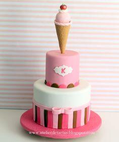 Tarta Fondant Cumpleaños 2 pisos Helado rosa y chocolate