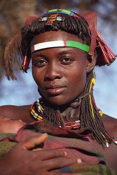 Zemba Woman, Opuwo, Namibia. BelAfrique  -  your personal travel planner  -  www.BelAfrique.com