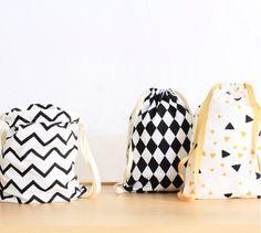 Mini bolsas mochila guardería con estampados molones - Minimoi (@nobodinoz)