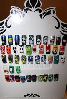 Awesome Halloween nail art ideas. @ decorating-by-day