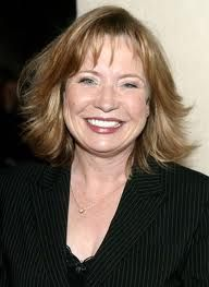 Debra Jo Rupp is an American film-television actress and was known for her long sitcoms and was born in California on 24th February 1951 but she was raised in Boxford. She has completed her schooling from Masconomet Regional High School in 1970 and later