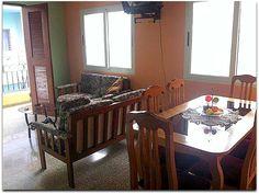 Detalle del salón comedor. Cuba, Outdoor Furniture Sets, Outdoor Decor, Home Decor, Live, Apartments, Decoration Home, Room Decor, Home Interior Design