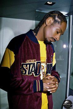 Listen to every Snoop dogg track @ Iomoio Snoop Dogg, Hiphop, Rapper, Tamar Braxton, 90s Hip Hop, Hip Hop Outfits, Raining Men, Hip Hop Fashion, Rap Music
