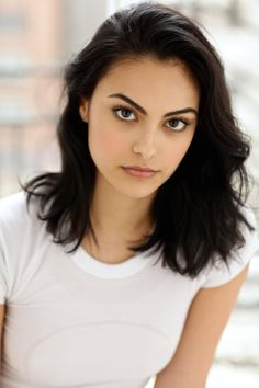 Camila mendes, veronica lodge, and riverdale image The Veronicas, Camila Mendes Veronica Lodge, Camila Mendes Riverdale, Riverdale Veronica, Camilla Mendes, Fangirl, Actor Headshots, Celebrity Headshots, Celebrity Babies