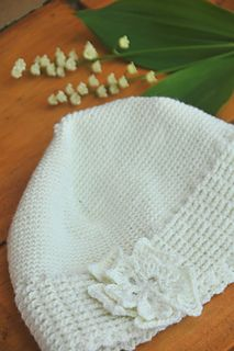 I designed this crochet banded hat because many of our readers loved the wool felt hat Tomiko wore when modelling our Giant Snowball Cowl. That one was purchased at Holt Renfrew, but if people liked the look of it, I wanted to create a pattern in crochet.