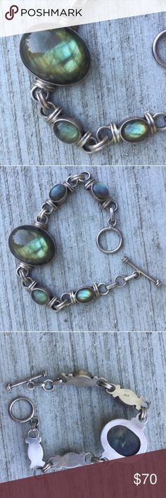 """STERLING SILVER LABRADORITE bracelet stone 8"""" long Gorgeous green iridescent labradorite stone bracelet set in stamped sterling silver. Heirloom piece, 8"""" long, toggle clasp. You will love this..! (S25) Sundance Jewelry Bracelets"""