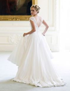 Well Dressed: Naomi Neoh Bridal Collection » The Bridal Detective