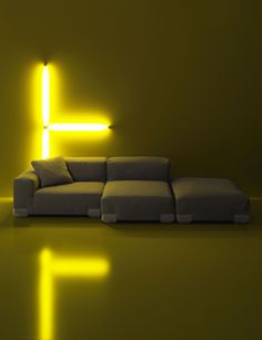 Plastics duo sofa by Piero Lissoni | Lights on comfort