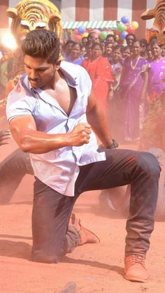 Tollywood stylish star Allu Arjun sarainodu still