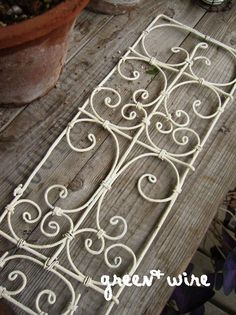 1 million+ Stunning Free Images to Use Anywhere Metal Coat Hangers, Wire Hangers, Wire Crafts, Metal Crafts, Iron Wall Decor, My Doll House, Dollhouse Accessories, Beads And Wire, Wire Art