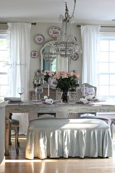Home Decor Inspiration Shabby Chic elegance.Home Decor Inspiration Shabby Chic elegance Shabby Chic Living Room, Shabby Chic Homes, Shabby Chic Cottage, French Country Dining Room, French Country Decorating, French Country Cottage, Country Living, Comedor Shabby Chic, Casas Shabby Chic