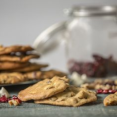 These Cranberry White Chocolate Cookies have an extra little twist that will knock your stockings off! Introducing... Eureka Lemon Infused Olive Oil!