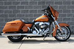 Harley-Davidson 2015 Street Glide® Special - color: Amber Whiskey