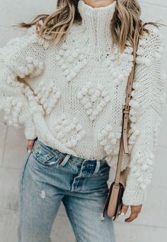 turtle neck sweater,