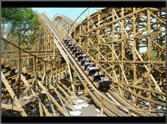 Joris en de Draak - a duelling wooden rollercoaster by American coaster builders GCI. Opened in 2011.