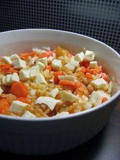 Kana-riisivuoka helposti uunissa Quorn, Fruit Salad, Good Food, Food And Drink, Rice, Baking, Recipes, Saunas, Casseroles