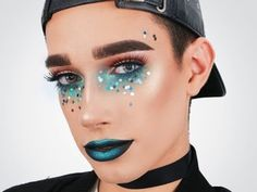 Tools editorial 50 Times CoverGirl Star James Charles Had Better Makeup Than You 50 Times 17 Year-Old CoverGirl Star James Charles Has Makeup Better Than You Men Wearing Makeup, Male Makeup, Beauty Makeup, Beauty Tips, Makeup For Men, Guys Makeup, Cover Girl Makeup, Queen Makeup, Glowy Makeup
