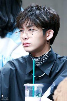 Se Hyugwon existe é porque graças a Deus que existe