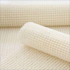 cut to size bathroom rug #BathroomRugs Best Carpet, Bathroom Rugs, Carpet Runner, Amazing Bathrooms, Towel, Area Rugs, Diy, Design Ideas, Bath Rugs