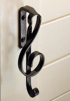Uchwyt do drzwi klucz wiolinowy