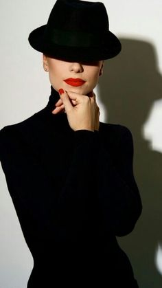 Sleek and Chic ♥ Love the Red Lips & Nails ♥