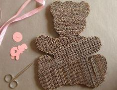 Tutoriel Cadre photo en carton : bébé (Créations en carton - cartonnage) - Femme2decoTV