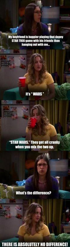 Big Bang Theory star wars and star trek The Big Theory, Big Bang Theory Funny, Movies Showing, Movies And Tv Shows, The Funny, Funny Happy, The Big Bang Therory, Star Trek Games, Thats 70 Show