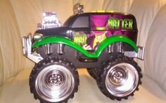 The-Mad-Hatter-Monster-Truck-by-Toy-State-Ind-1995-road-rippers