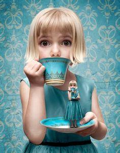 Wallpaper haruchonns: Alice in Wonderland