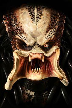 The making of the Predator movie. Stan Winston creates the Predator character for the Predator film. Alien Vs Predator, Predator Movie, Predator Alien, Predator Costume, Aliens, Xenomorph, Patrick Brown, Science Fiction, Horror Photos