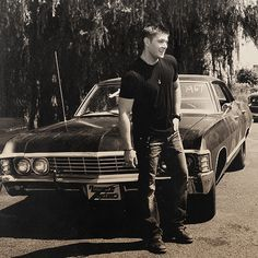 """So, this might be my favorite Dean Winchester pic of the week. Not because it's necessarily like """"omgthat'ssoattractiveimightdierightnowwww"""", but rather because this is just perfect. (Though, it may just be a behind-the-scenes shot, but it still counts) All around perfect. Plus: bowlegs. Can't go wrong with bowlegs. #Supernatural #DeanWinchester"""