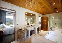 Treetops Lodge Valley View room with luxurious bathroom