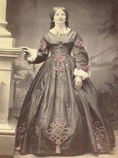 Civil War era CDV of a woman wearing an elaborate embroidered gown that has been lightly tinted. No backmark. Pics show condition well. Everything I sell is guaranteed to be authentic.